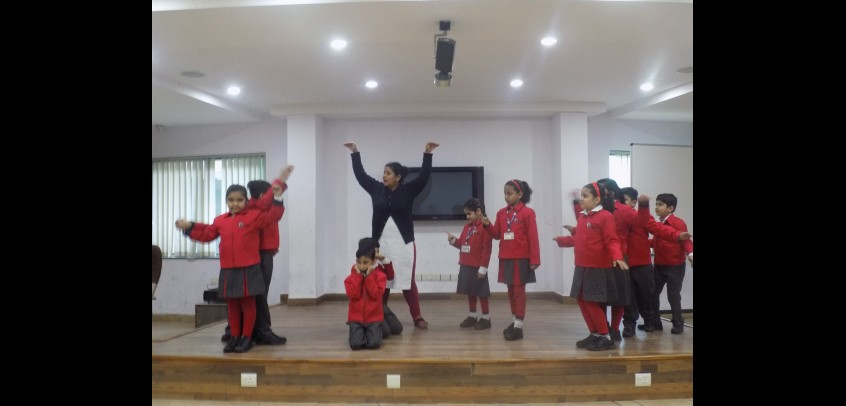 school with theatre in rohini